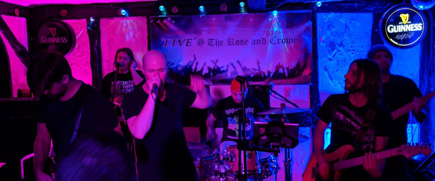 In Living Cover is a 6 piece cover band, hailing from Toronto, rocking  out Funk, Rock and R&B covers that will have you dancing and singing  along!