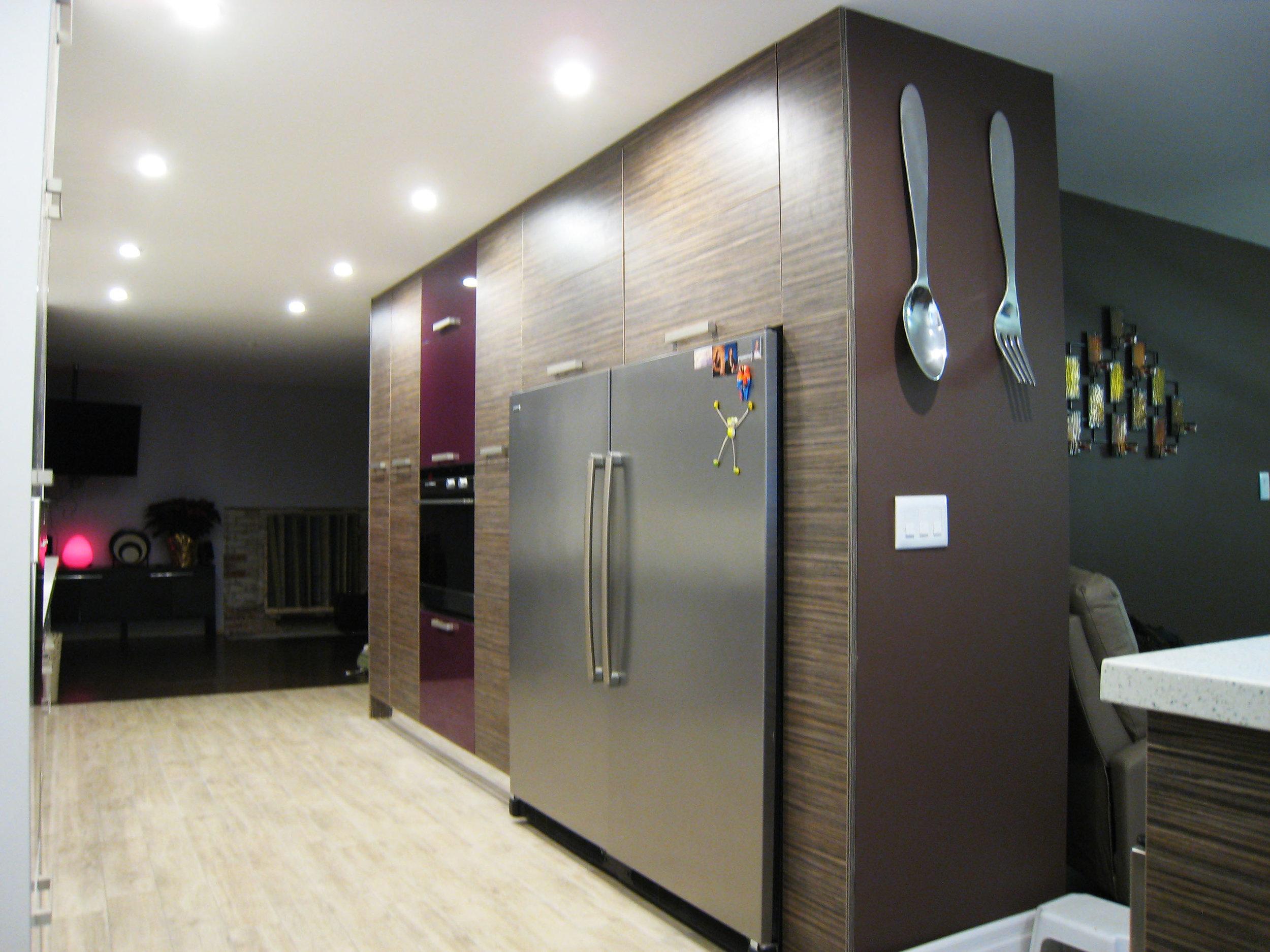 Kitchen 2 Pic 2.JPG