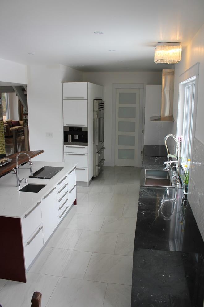 Kitchen 7 Pic 2.jpg