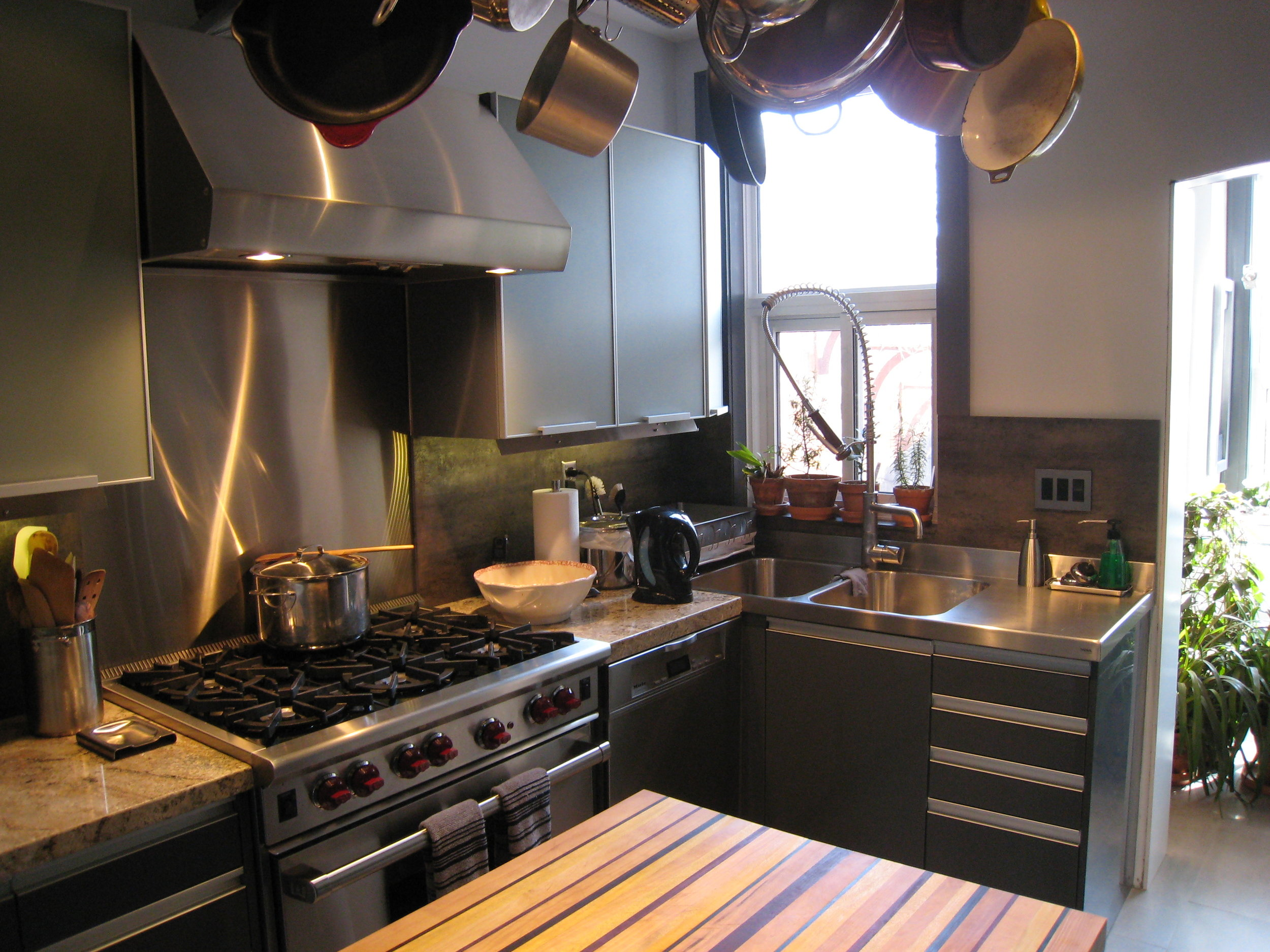 Kitchen 11 Pic 1.JPG