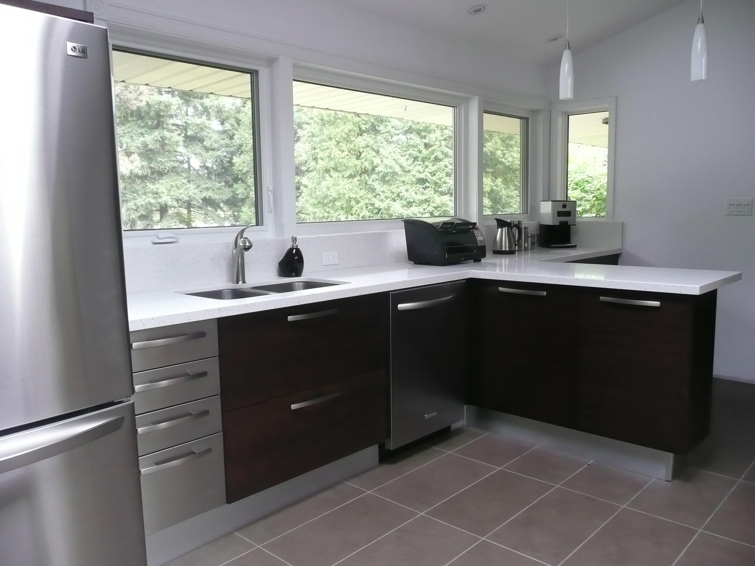 Kitchen 15 Pic 1.JPG