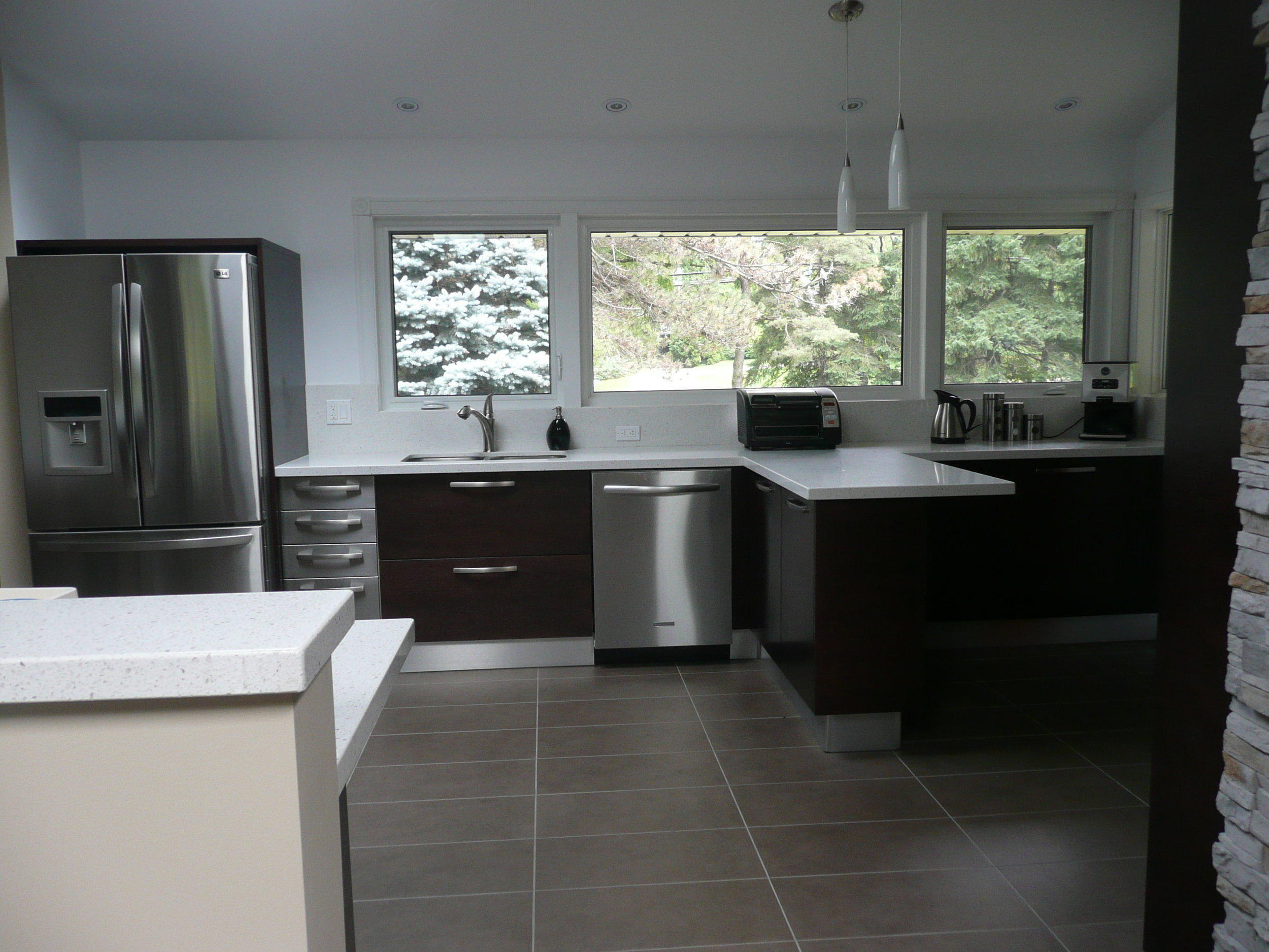 Kitchen 15 Pic 2.JPG