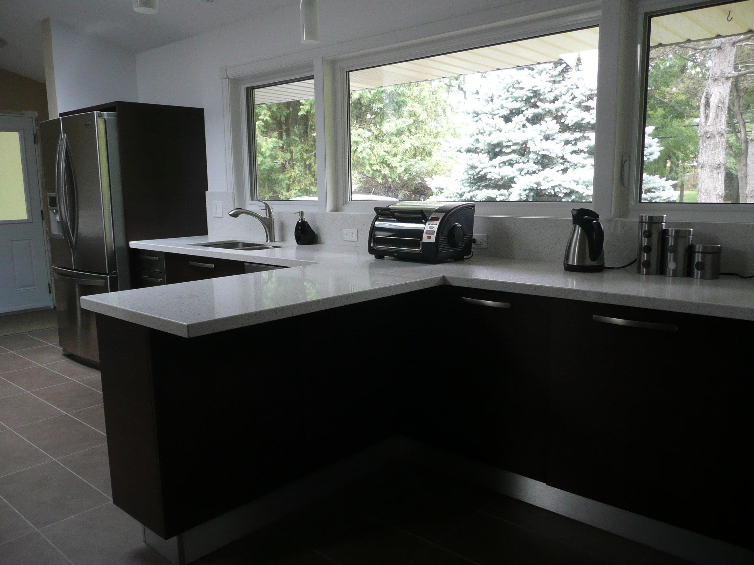 Kitchen 15 Pic 3.JPG