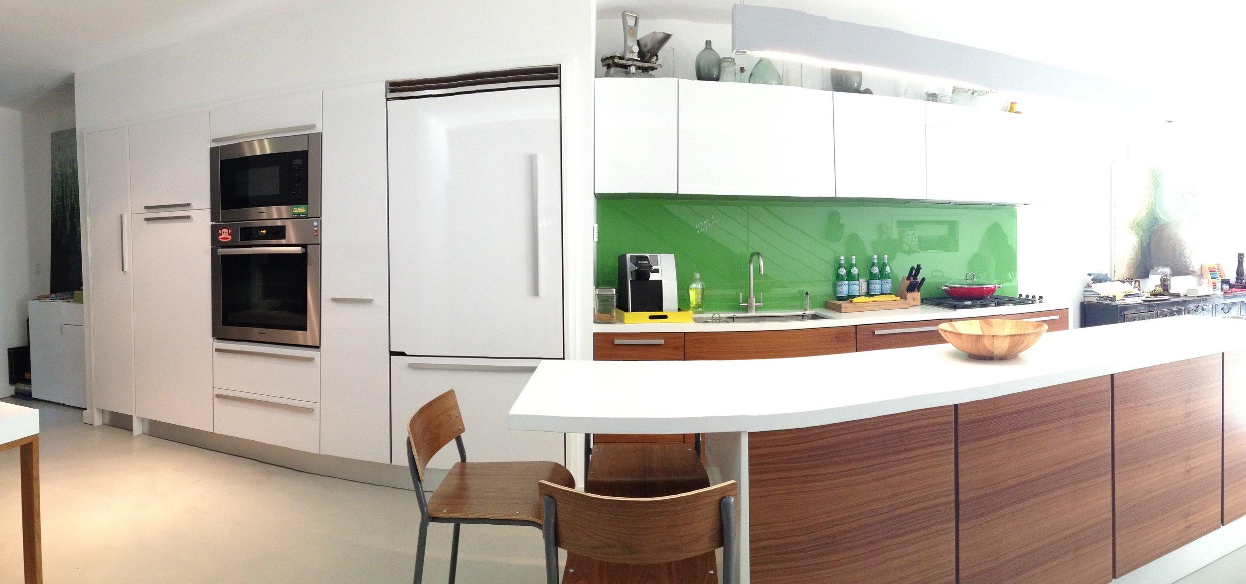 Kitchen 22 Pic 3.JPG