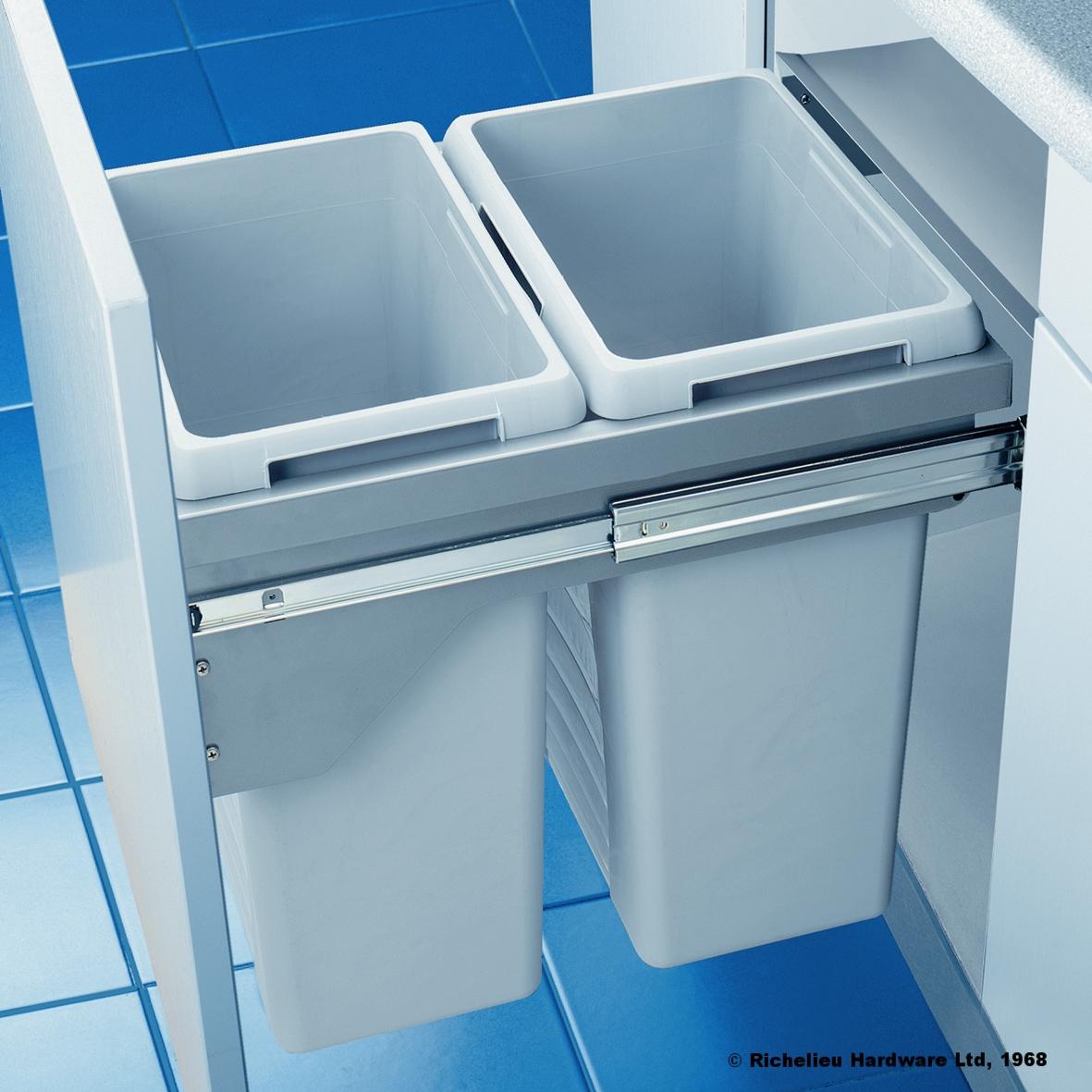 Richelieu Recycling Center Drawer