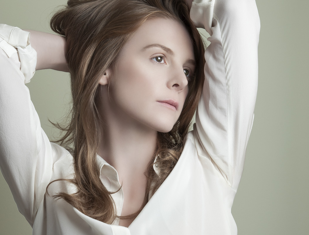Ashley Bell shot2-crediteda.jpg