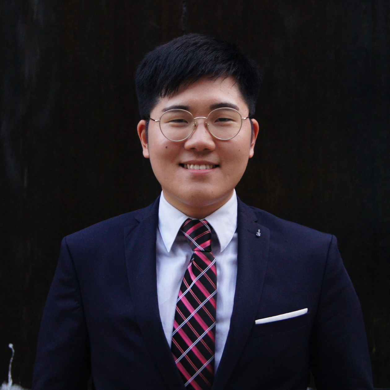 Sihyeon Kim - VP Internal    Contact Sihyeon   Sihyeon Kim is in his final year studying Computer Science with a minor in Linguistics. Originally from South Korea, he moved to the U.S. to finish his secondary education and then decided to pursue higher education in Canada. He loves to cook, argue over politics, and learn odds and ends. This year, as the VP Internal, he is responsible for the organization of academic and social activities for the members of the CSUS. His goal is to offer more academic events involving interdisciplinary fields. He is always open to any insight or idea to contribute to the CSUS community. You may contact him at csus-vpinternal@cs.mcgill.ca