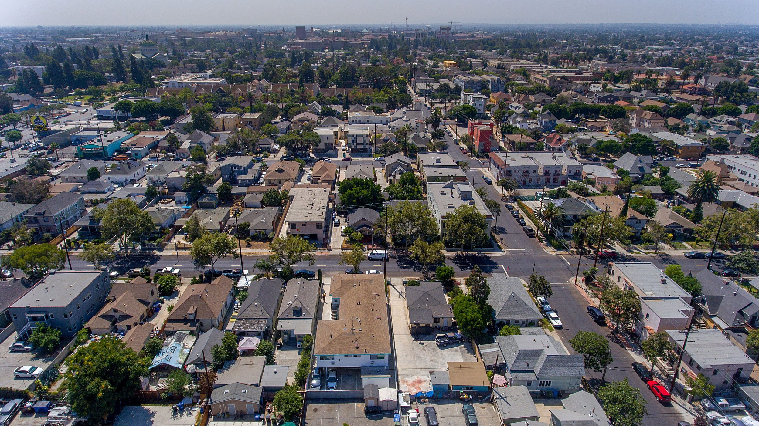 8 Reasons to Invest in Commercial Real Estate - Congratulations! If you're reading this, you're probably considering investing your money.