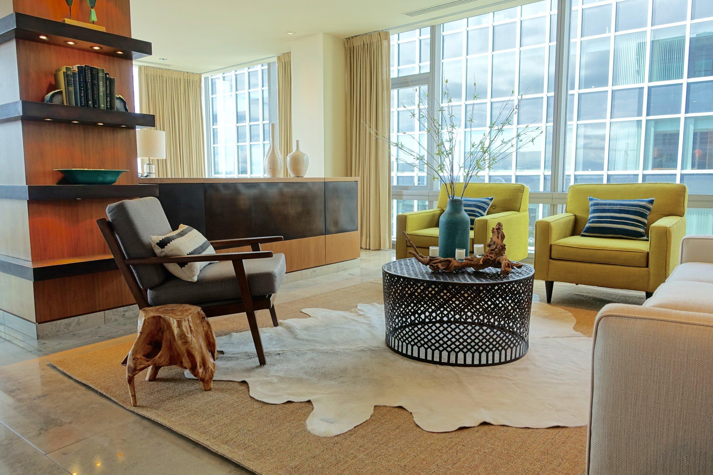 Downtown Luxury Condominium