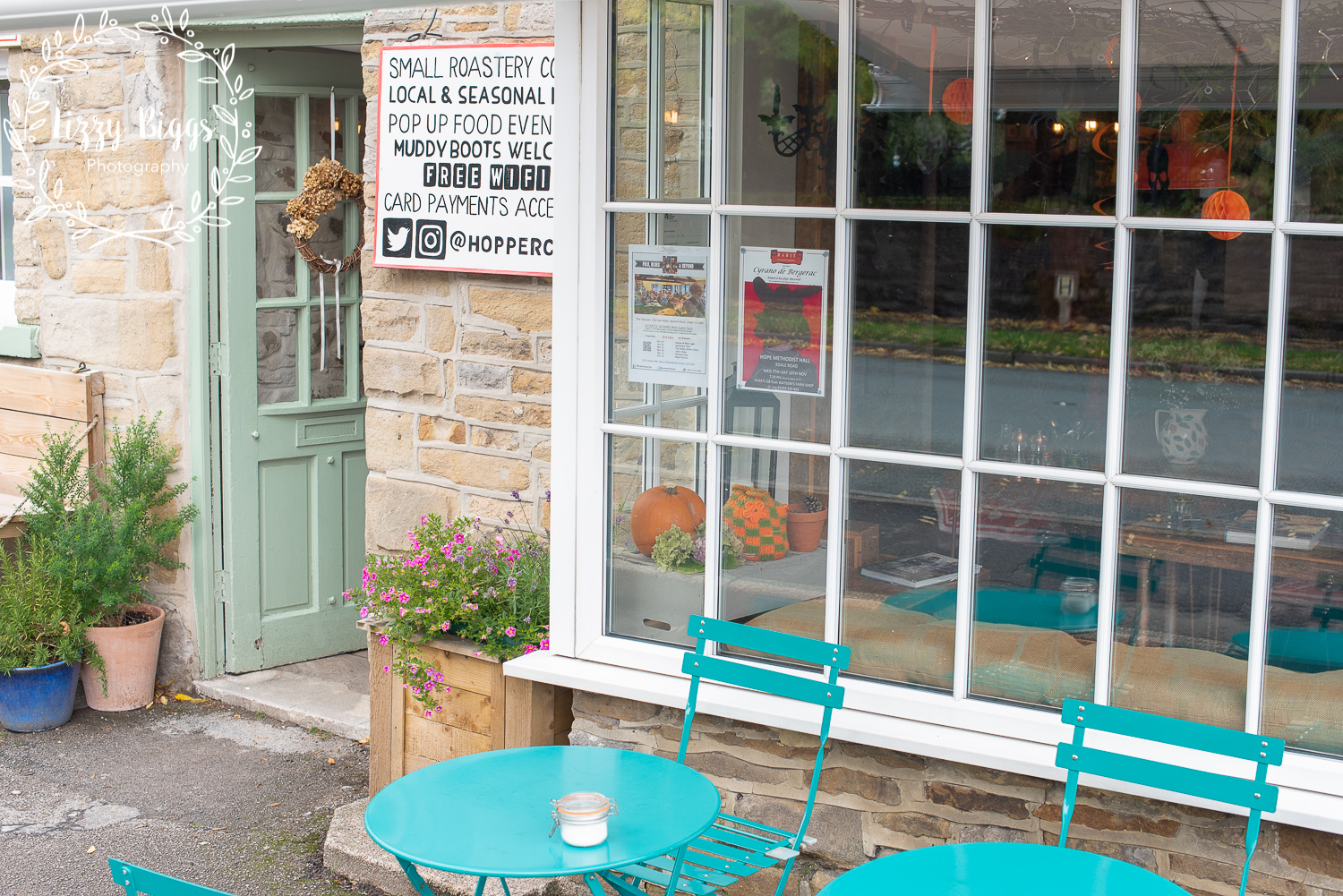 Lizzy_Biggs_Photography_Grass_Hopper_Cafe_Shop_Front