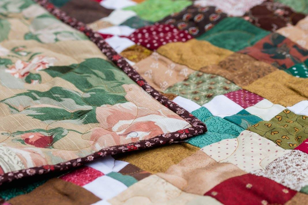 Brown Bordered Quilt, Floral