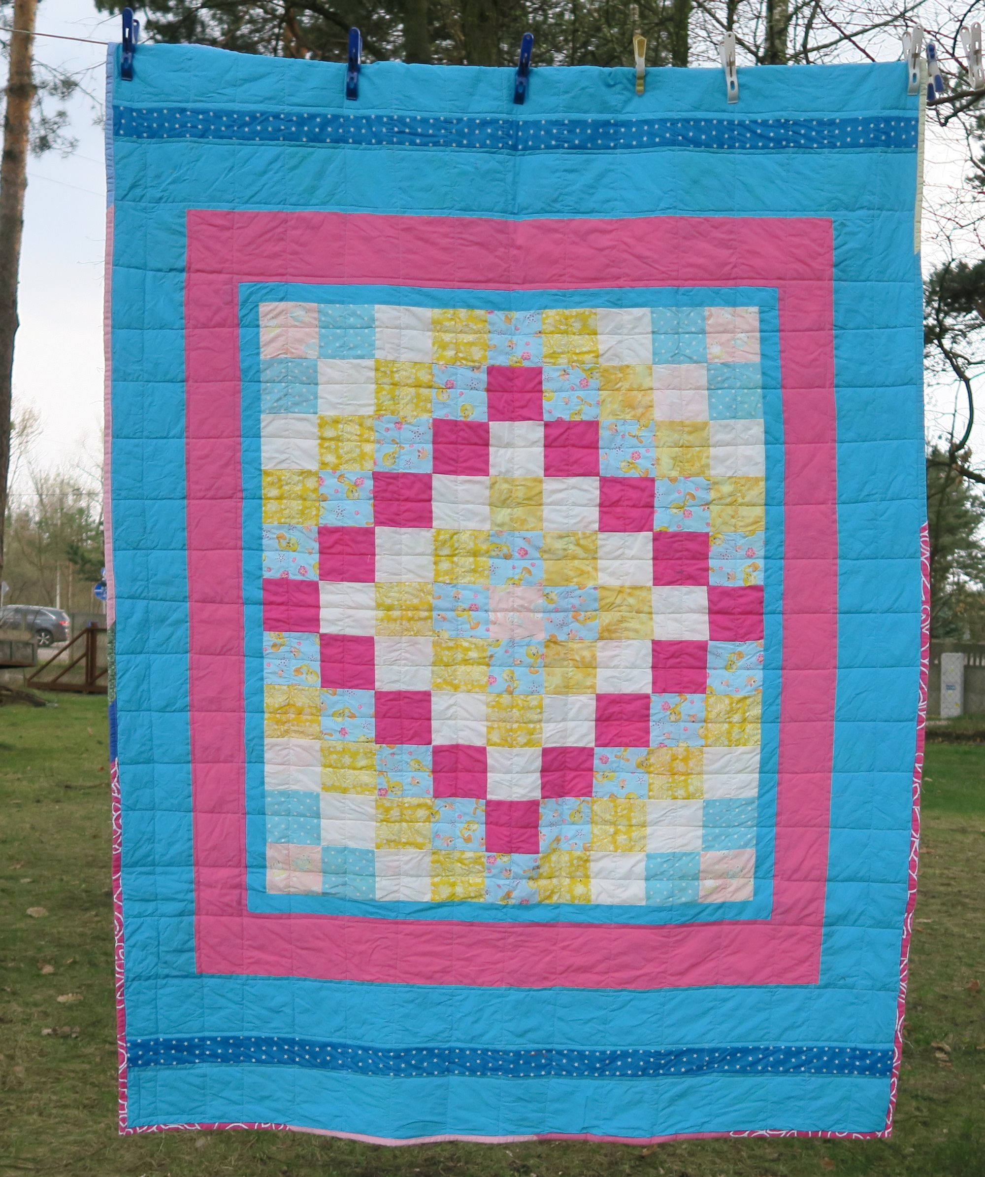 17. Center of the top donated by a friend in AZ. I added borders to it until it became a European twin size.