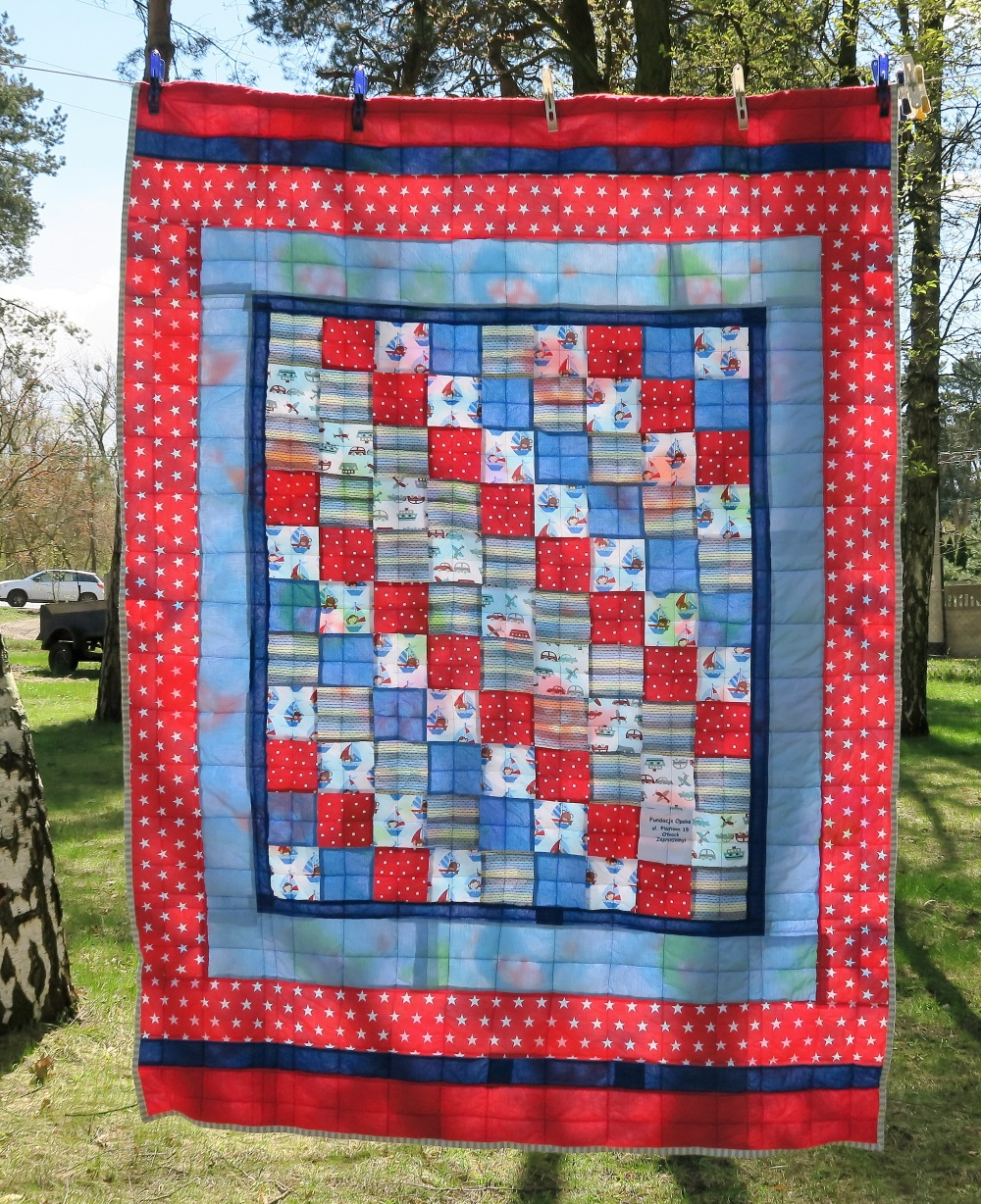 36 Center of top donated by a friend in AZ. I added borders to make it a European twin size.