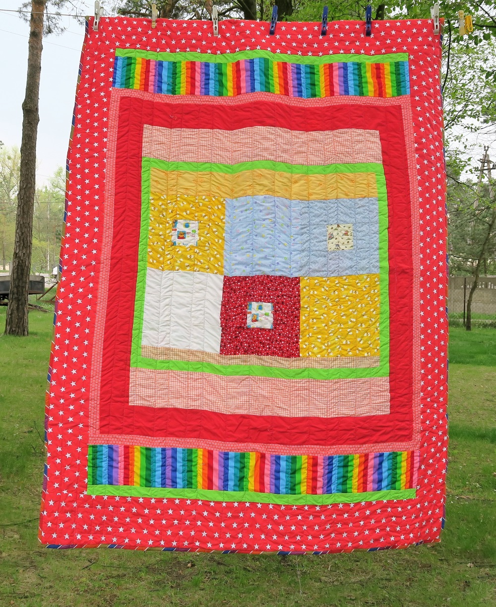 51 A friend from AZ, USA made the center. I added the borders to make it a twin size.