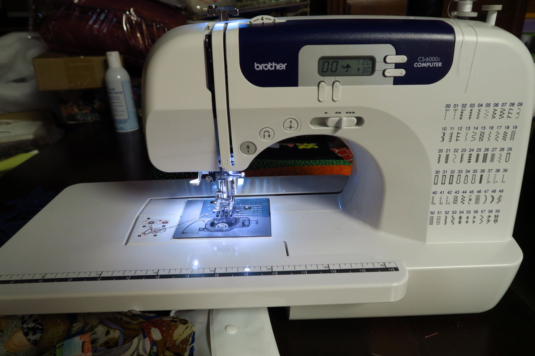 This is the brand new machine my sis is loaning me for use while I'm here.