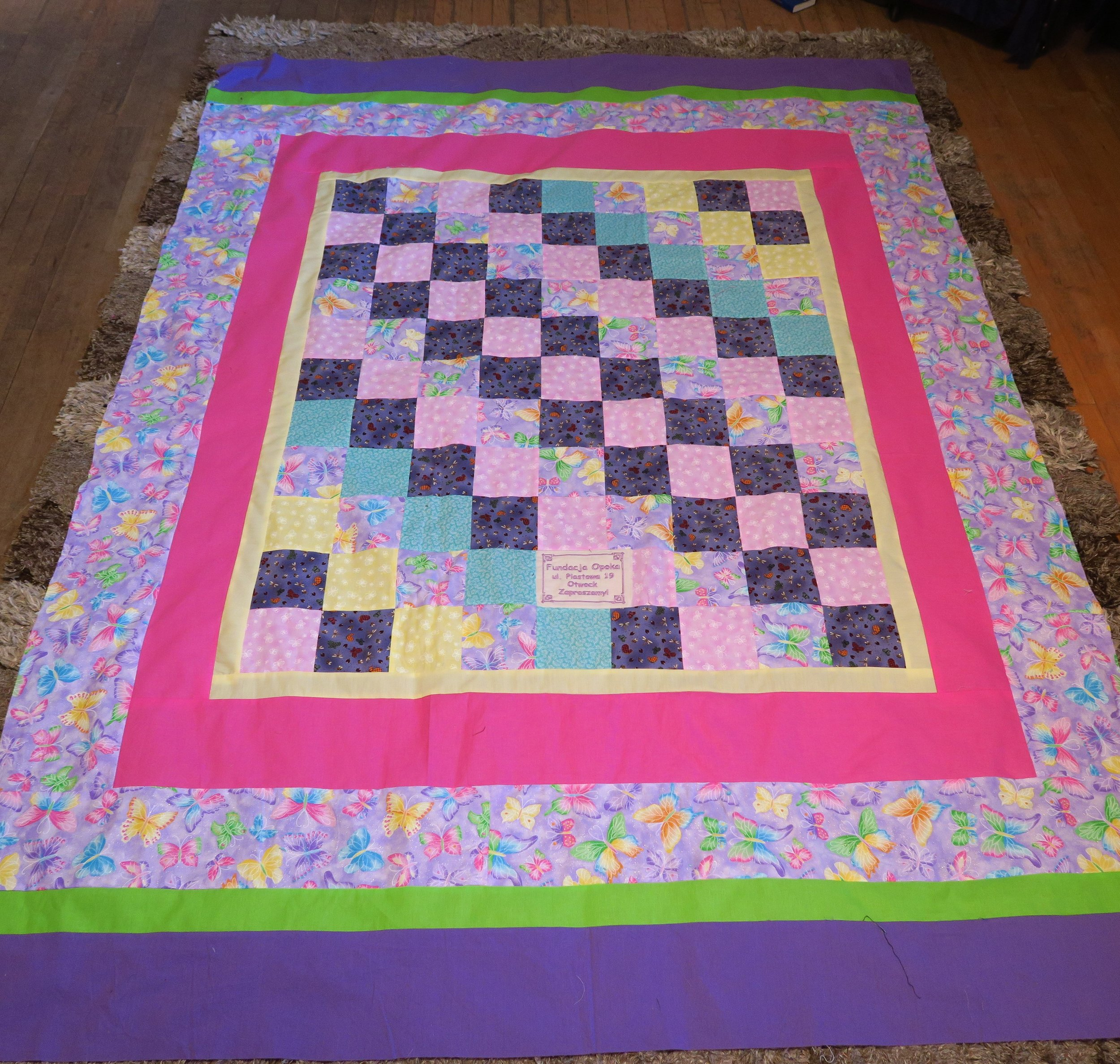 Fran  made the center - I added the borders.