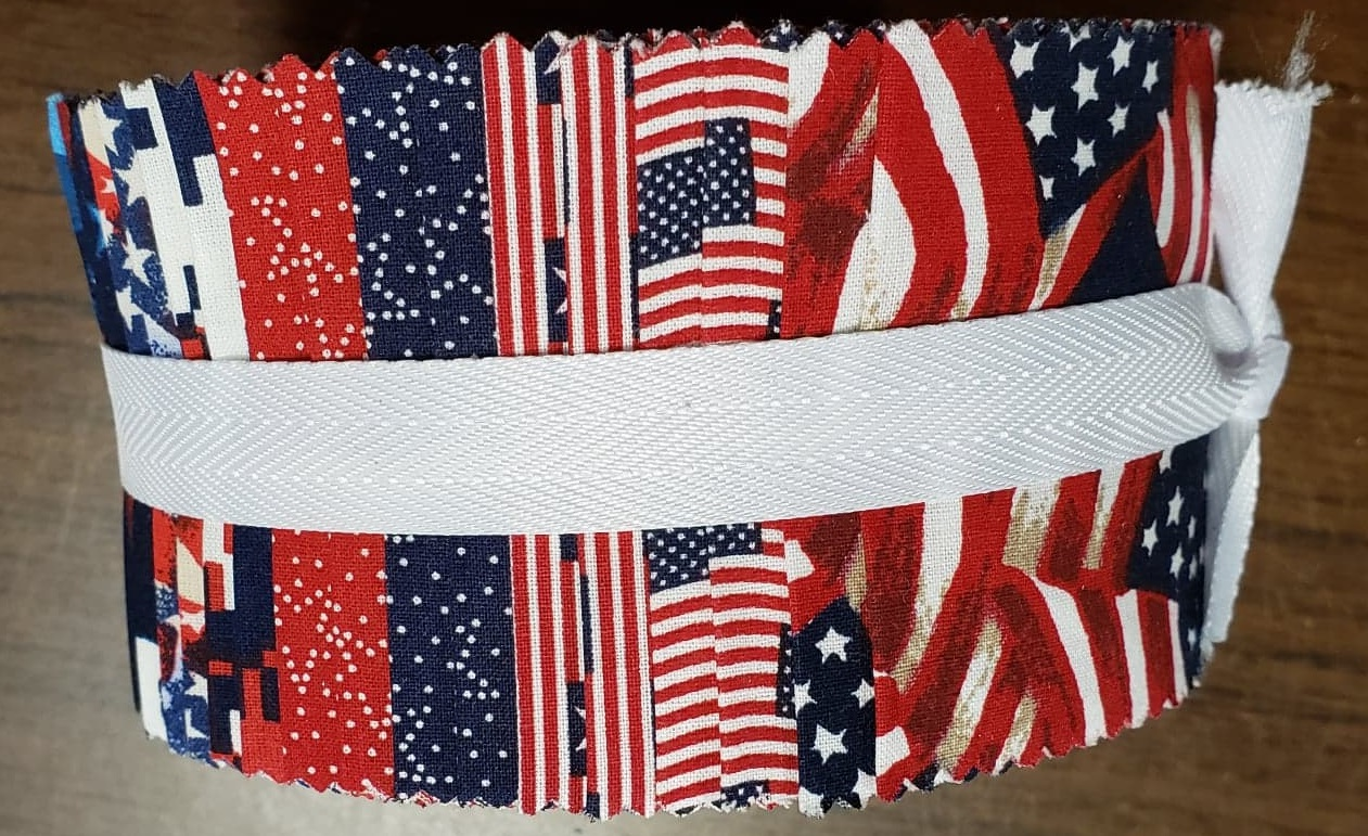 40 5 Patriotic Red and Blue Tonals Charm Pack
