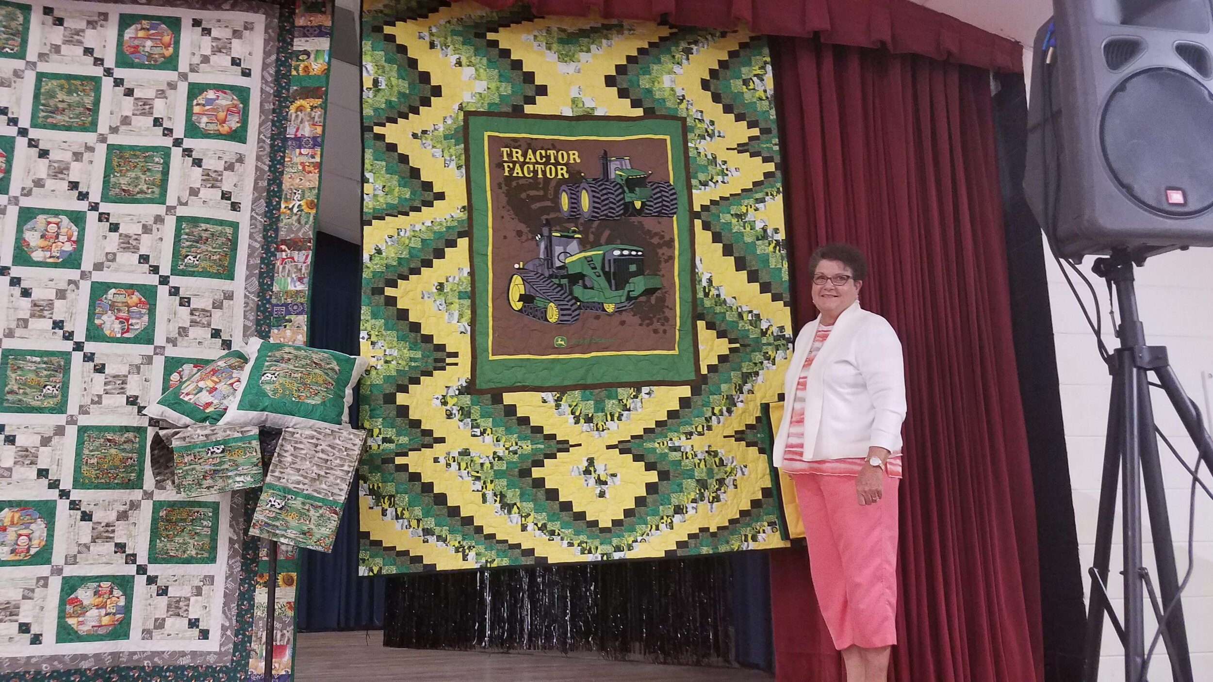 Christie Gaskin won the twin sized quilt!