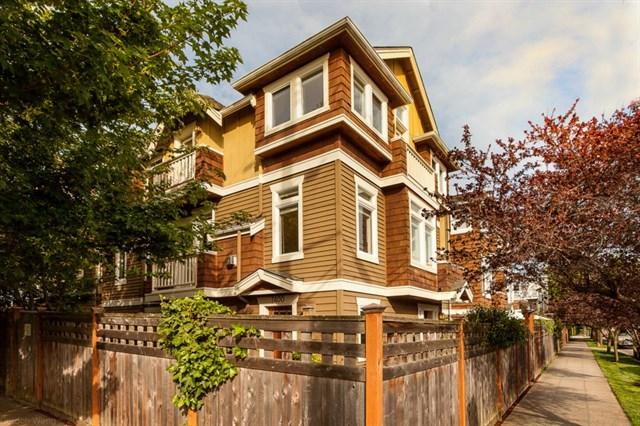 x7400 Latona Ave NE | Seattle | SOLD $757,500