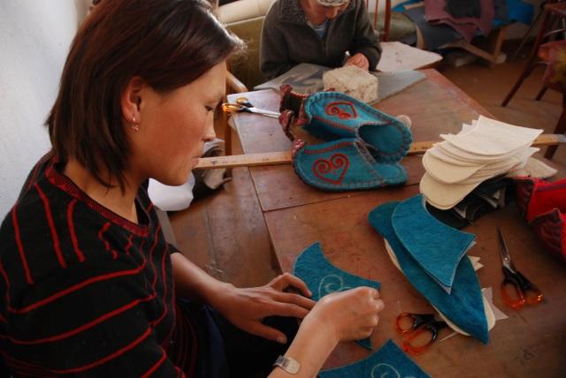 Kyrgyzstan: Altyn Oimok — Global Village Nanaimo