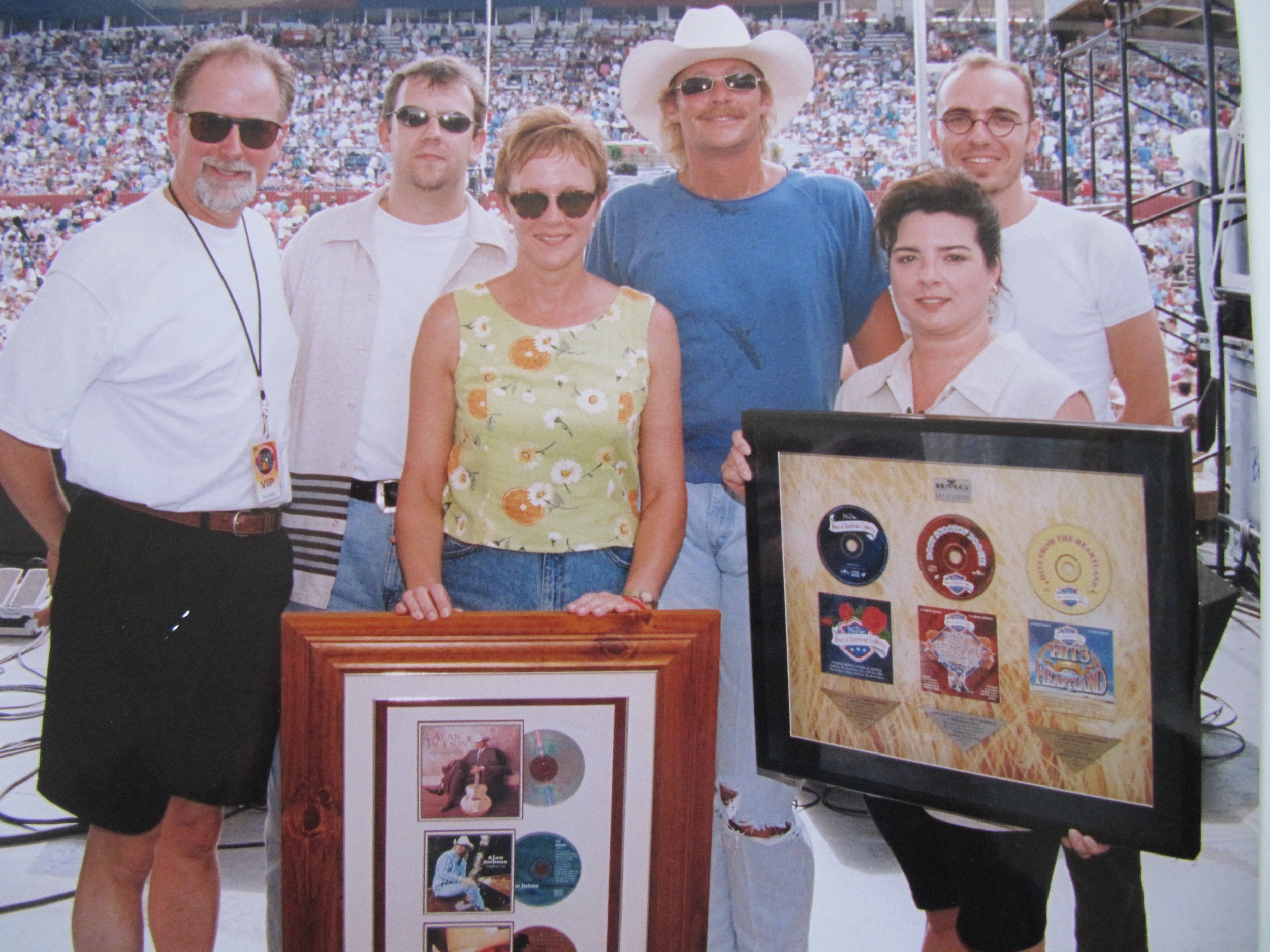 Richard BMG Australia, Ramona, Alan Jackson, Ann Holt BMG South Africa - gold and platinum sales awards presented at Arista Nashville Fan Fair 1995.JPG