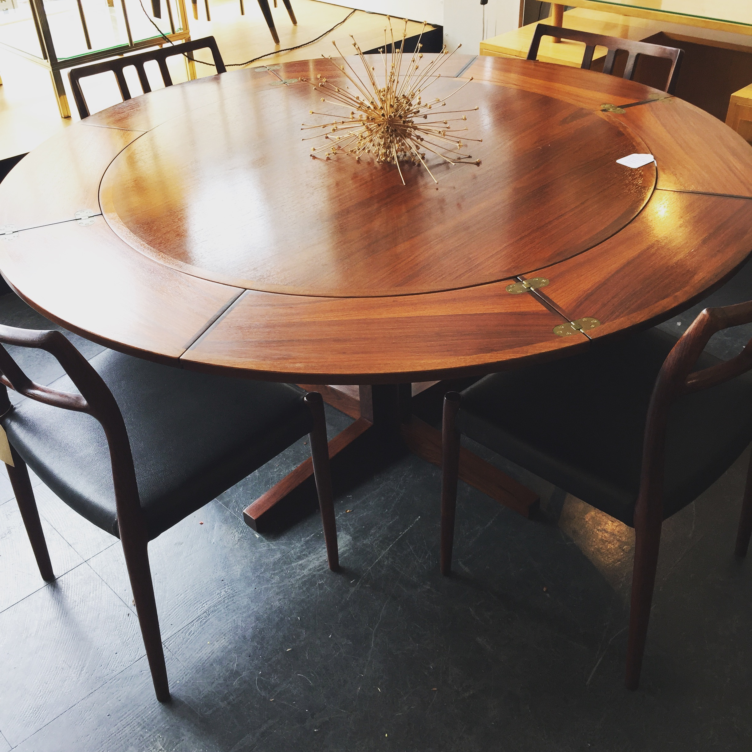 SOLD - LOTUS DINING TABLE BY DYRLUND