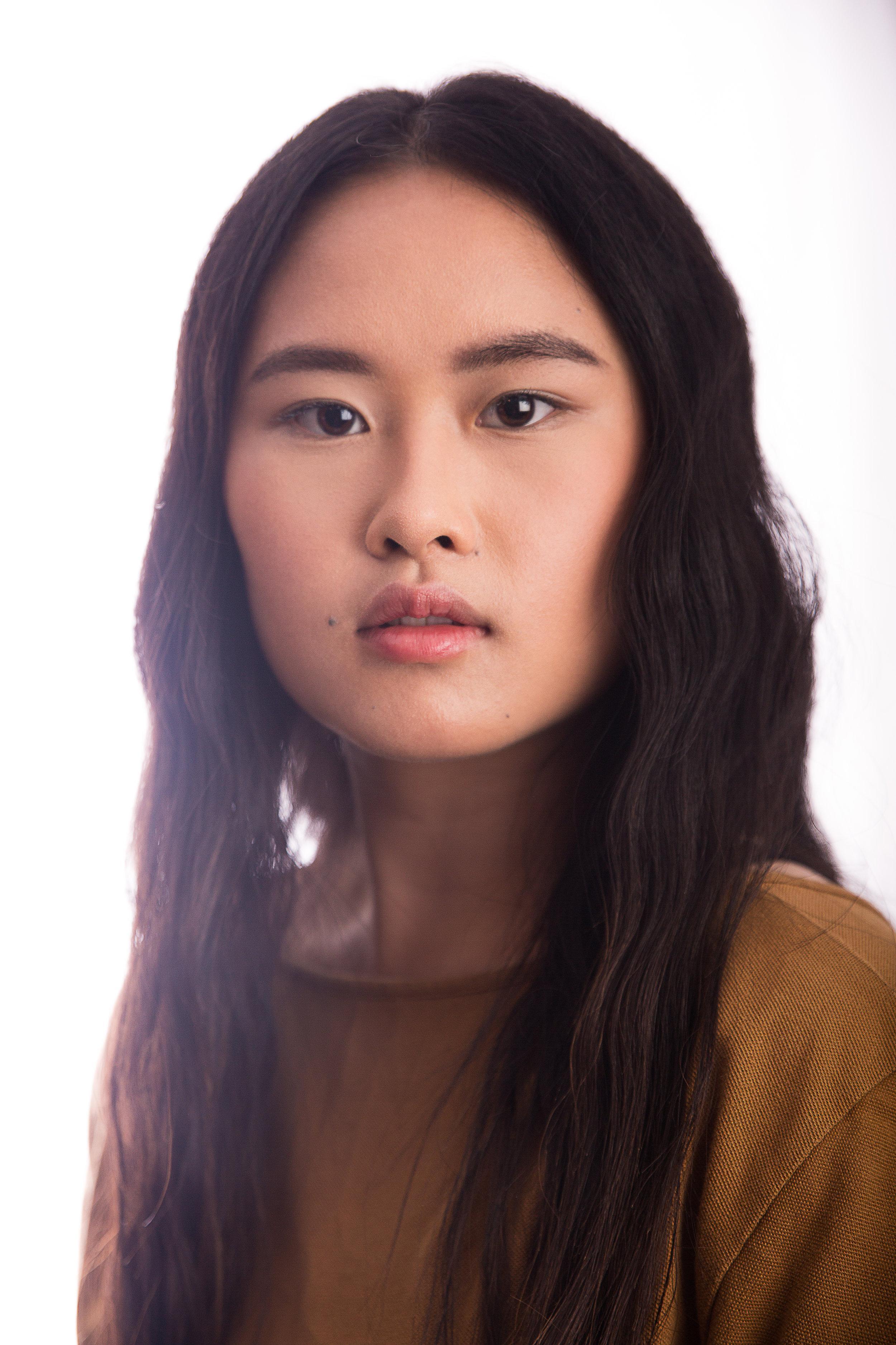 Model: Melissa Moua MUA: Savanah Tsang Assistant: Touchaingkong Yang
