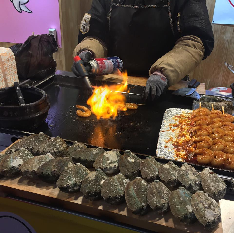 Street Food, cooking fresh seafood in front of us <3