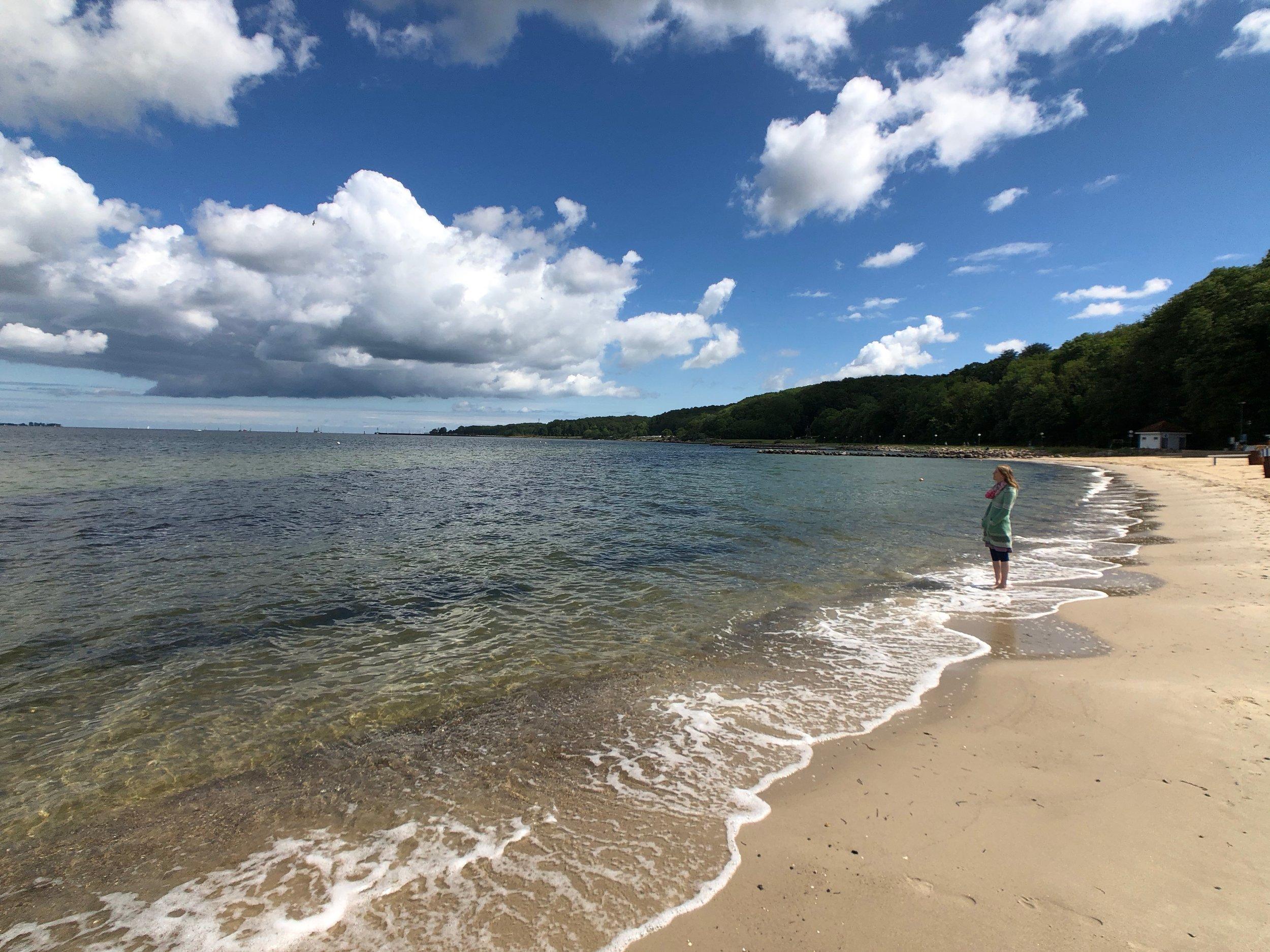 Strand Möltenort mit Blick Richtung Laboe