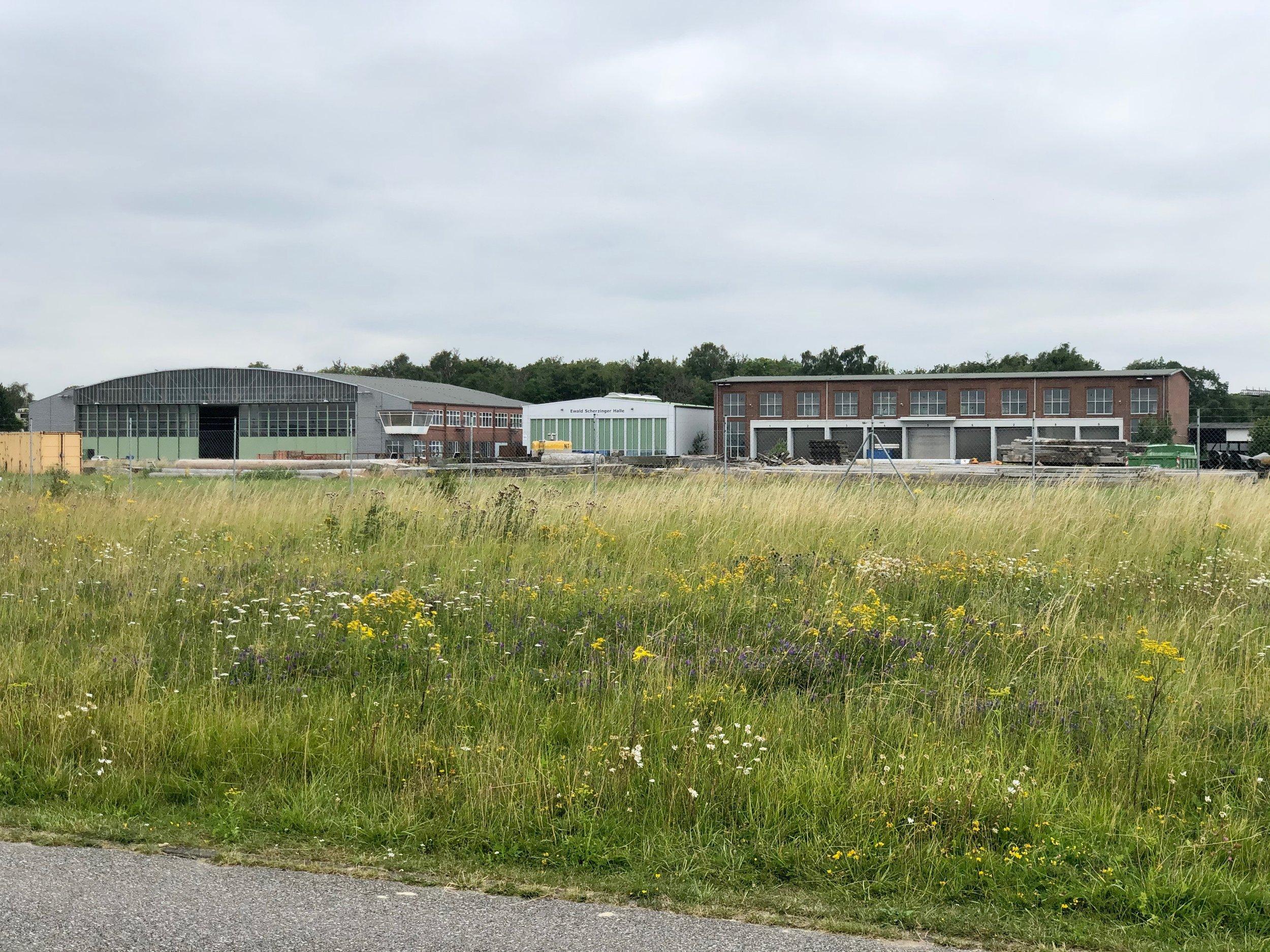 Abgenutztes ehemaliges MFG 5 Gelände