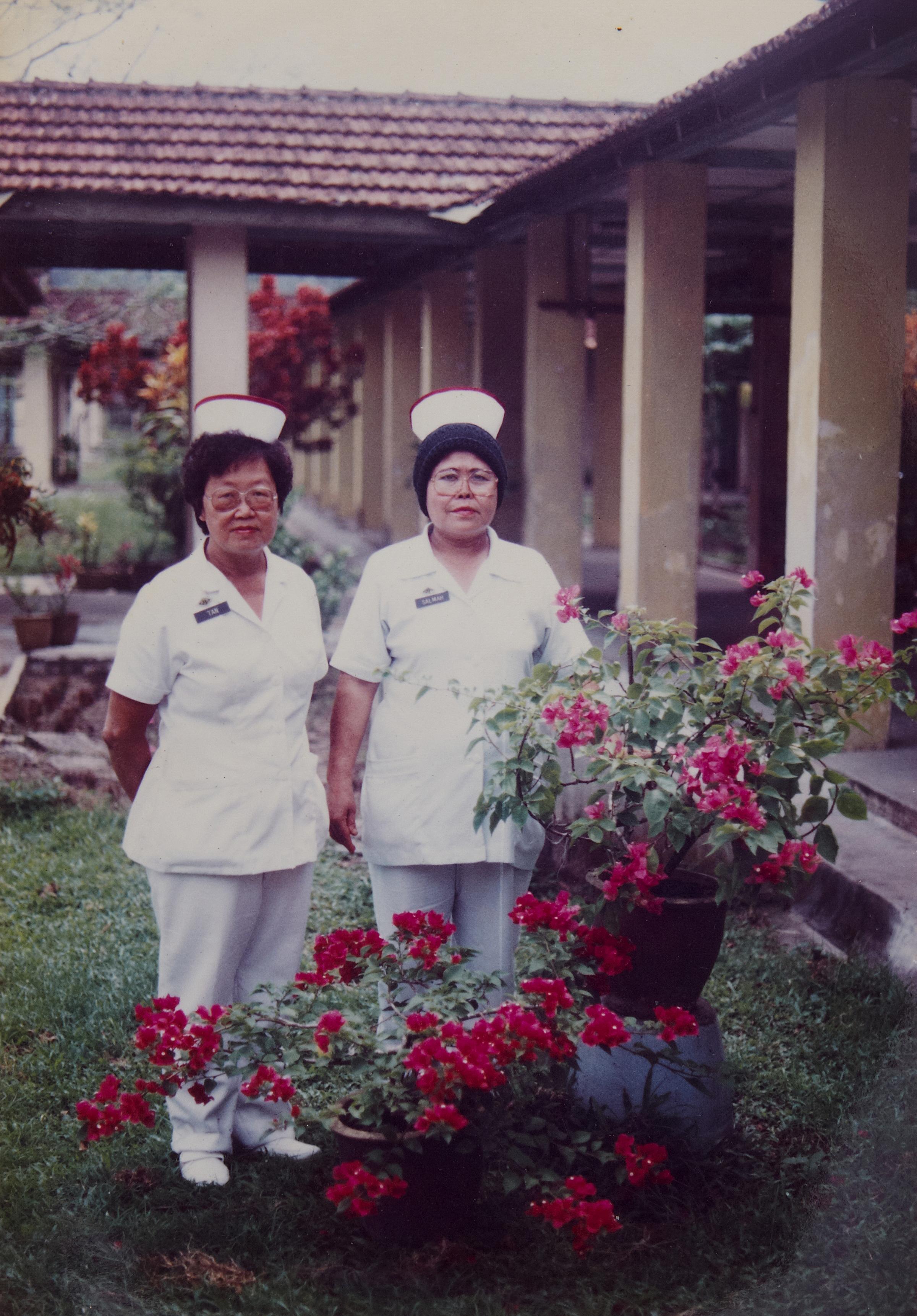 陈清源是其中一名因表现杰出而获聘为正式公务员的病患员工。(照片由陈清源提供)