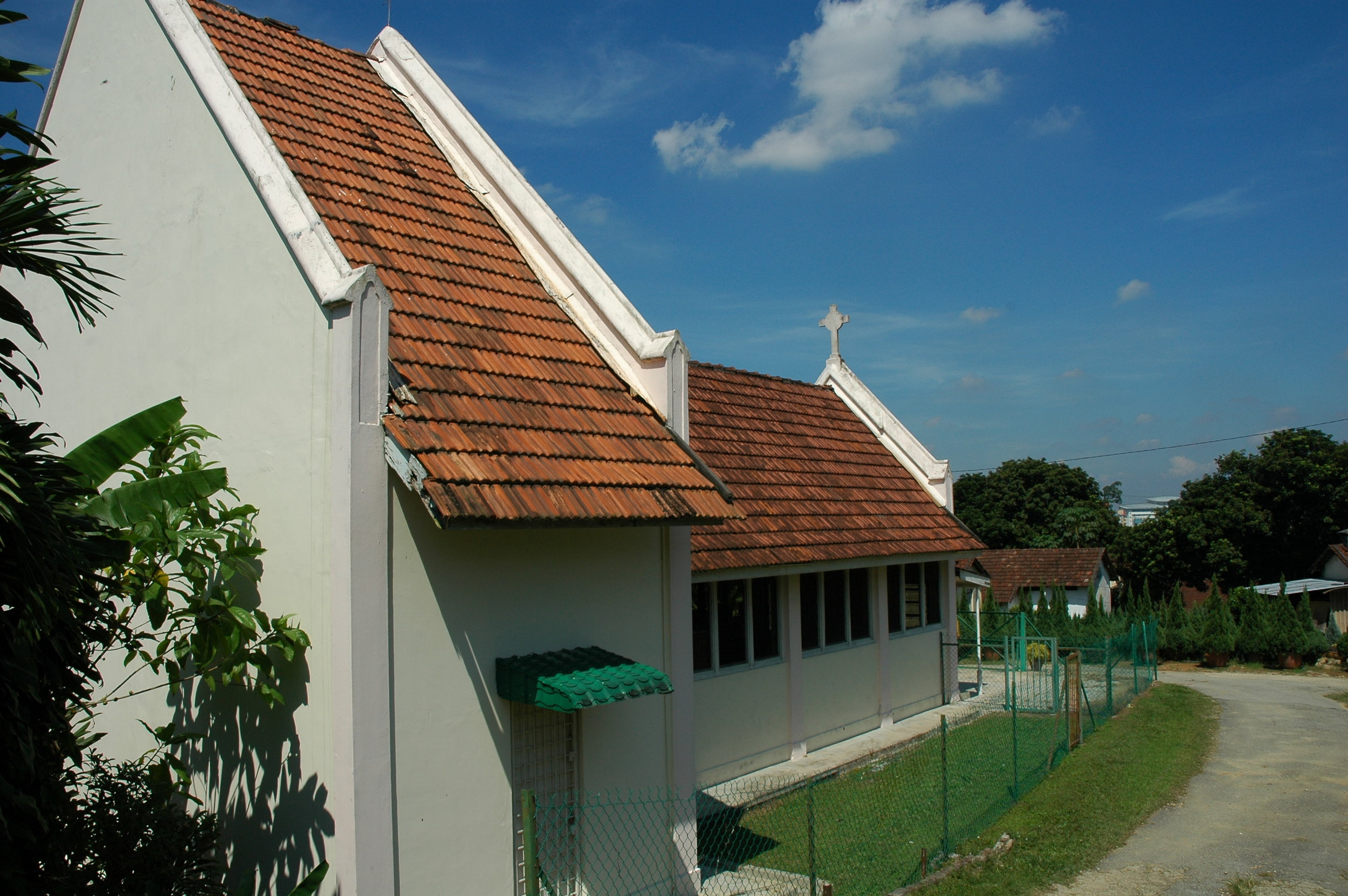 Roman Catholic Church at the East Section. (photo by Dr Lim Yong Long)