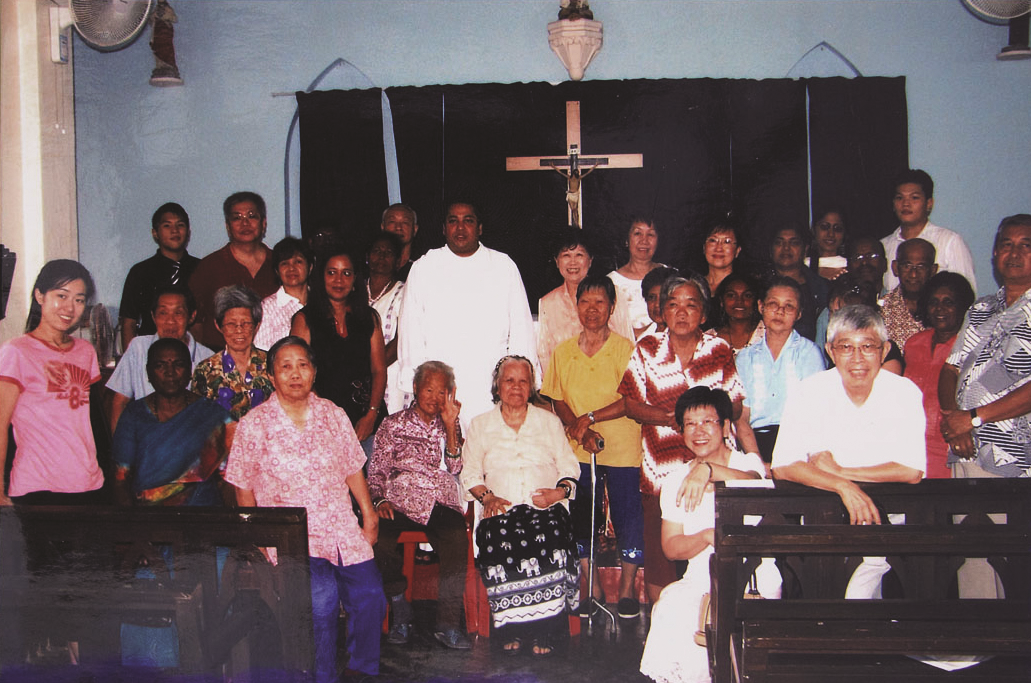 Members of Roman Catholic Church which situated at East Section. (photo courtesy of Lam Tow)