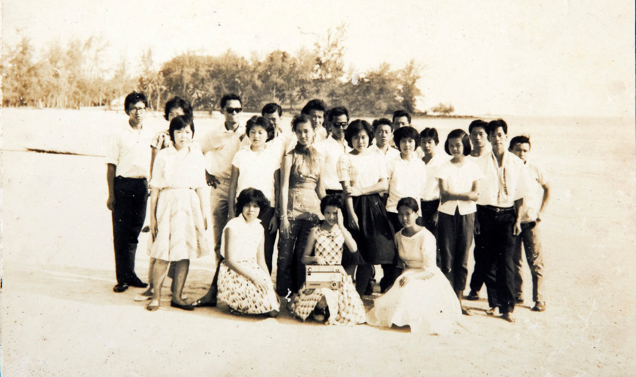 Patients visit to Morid seaside. (photo courtesy of Sungai Buloh Settlement Council)