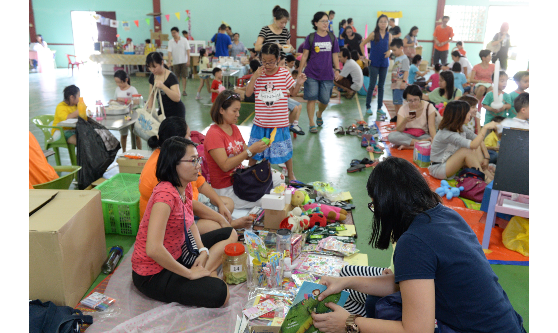 Children's charity fair to raise funds for the Story Gallery Project. (photo by Stanley Woo)
