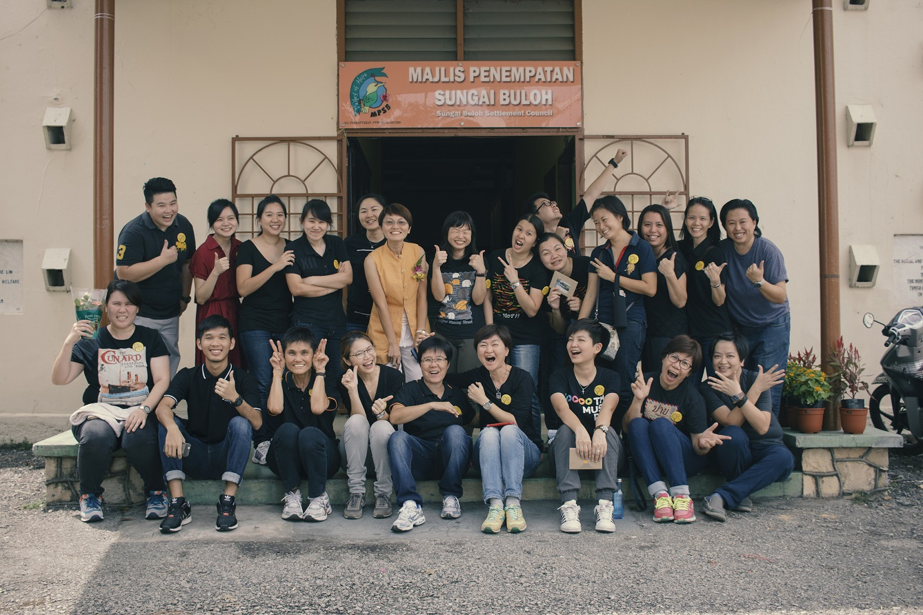 Volunteers that made the launching of the fundraising a success. (photo by Leo Chang)