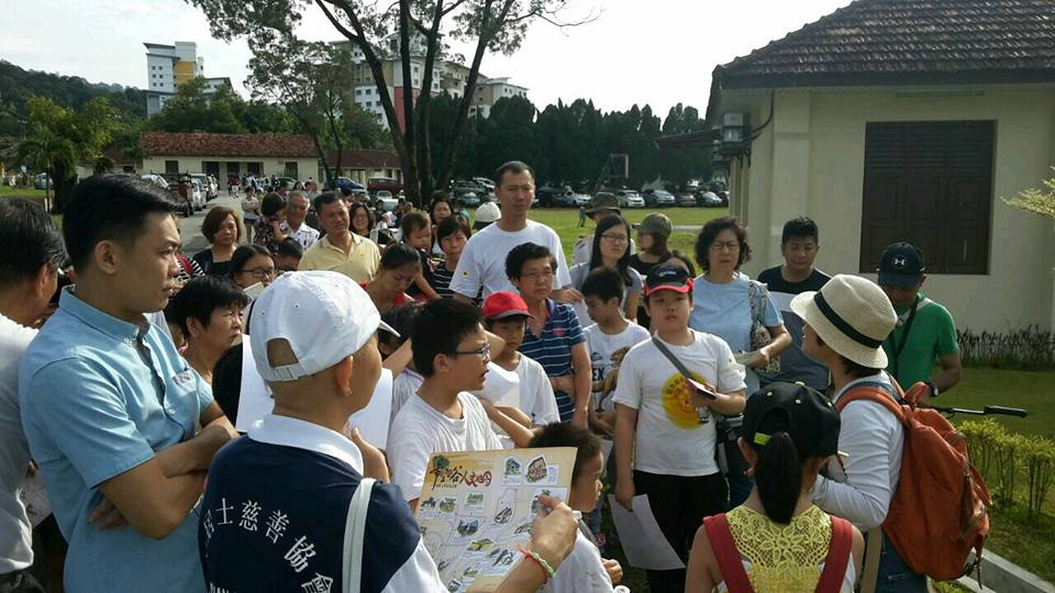 On-going guided heritage tour to raise funds for the Story Gallery. (Photo by Stanley Woo)
