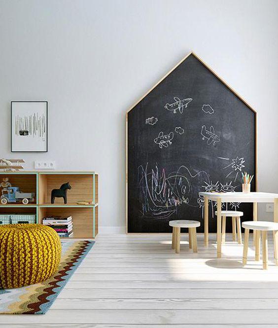 cocuk-odası-yazı-tahtası