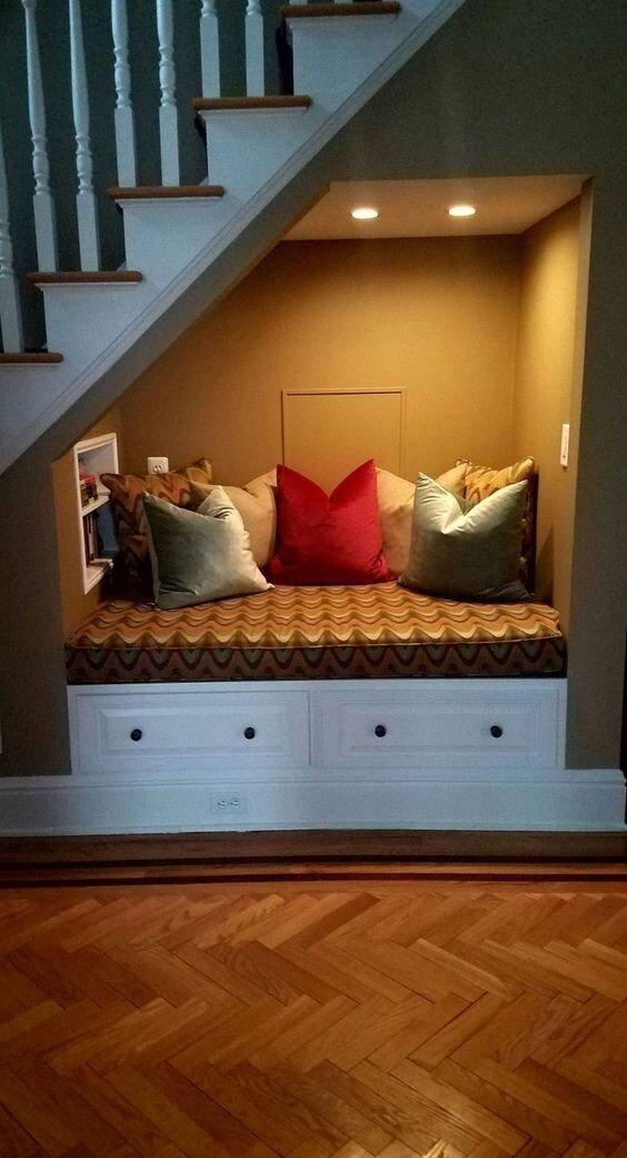 merdiven-altı-mobilya
