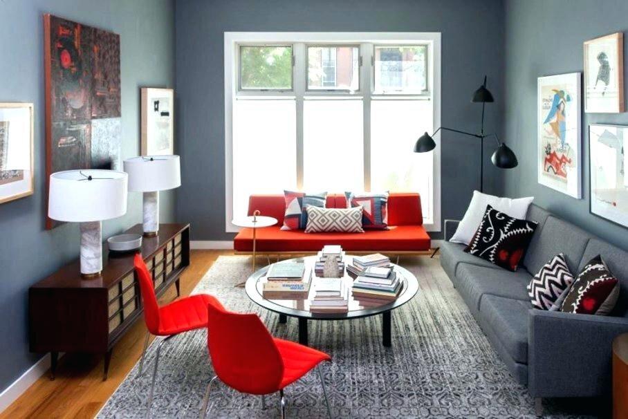 ev-dekorasyonu-gri-oda-kırmızı koltuk-sandalye
