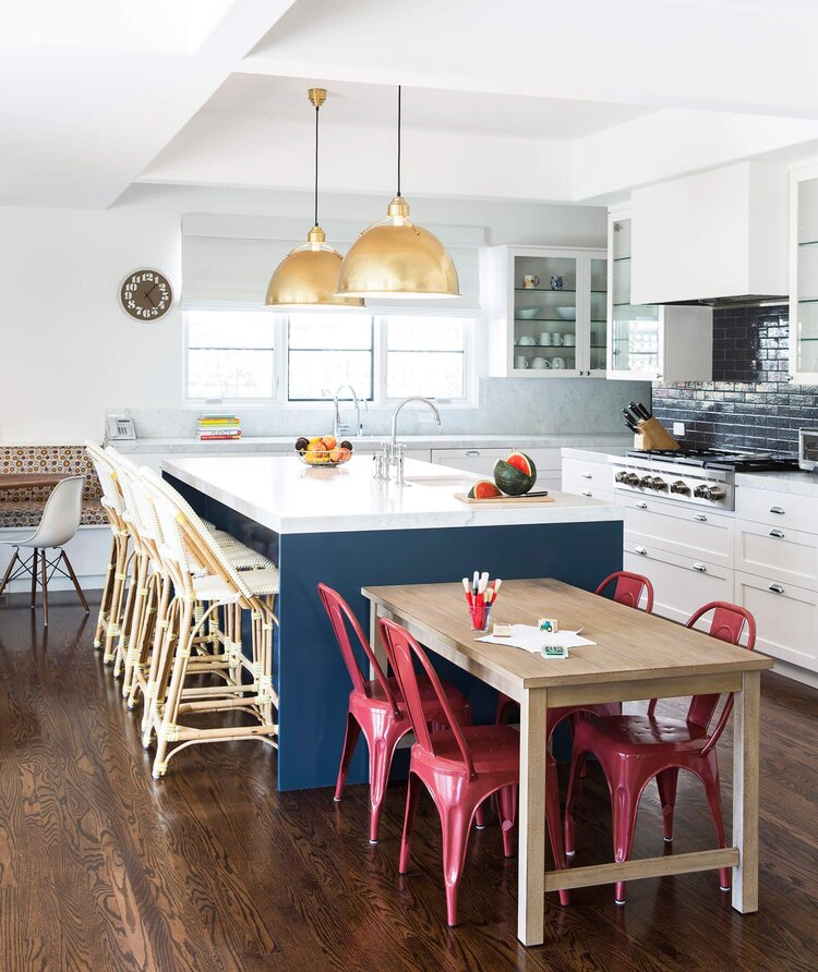 cocuk-dostu-mutfak-dekorasyonu-oturma-alternatifleri