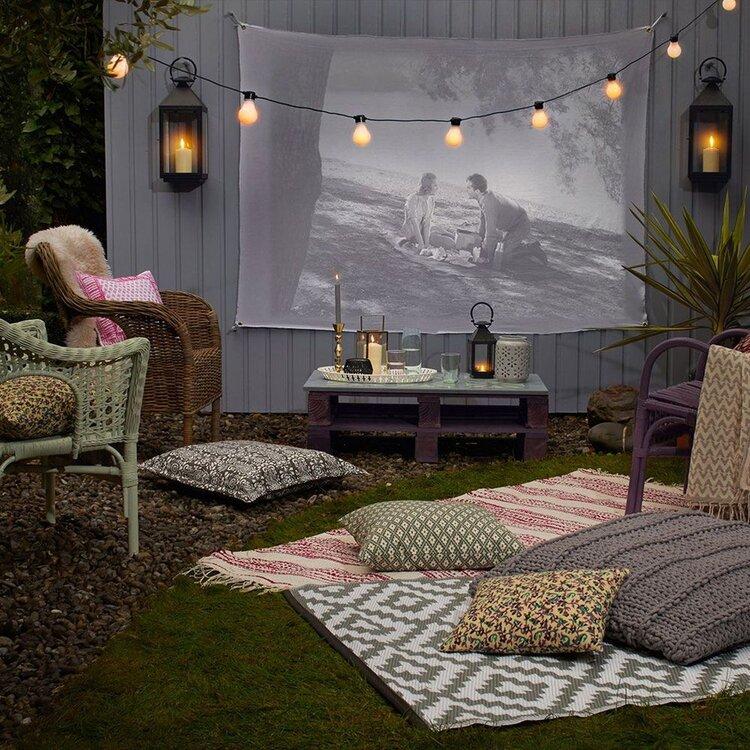 açık-hava-bahçe-sineması