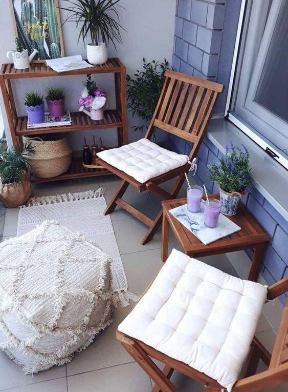 balkon-masası-örnekleri-ahşap-bahçe-masası