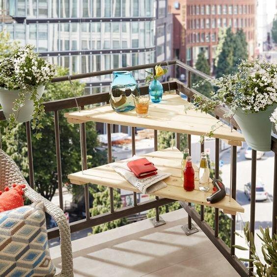 balkon-masası-örnekleri-köşe-masası