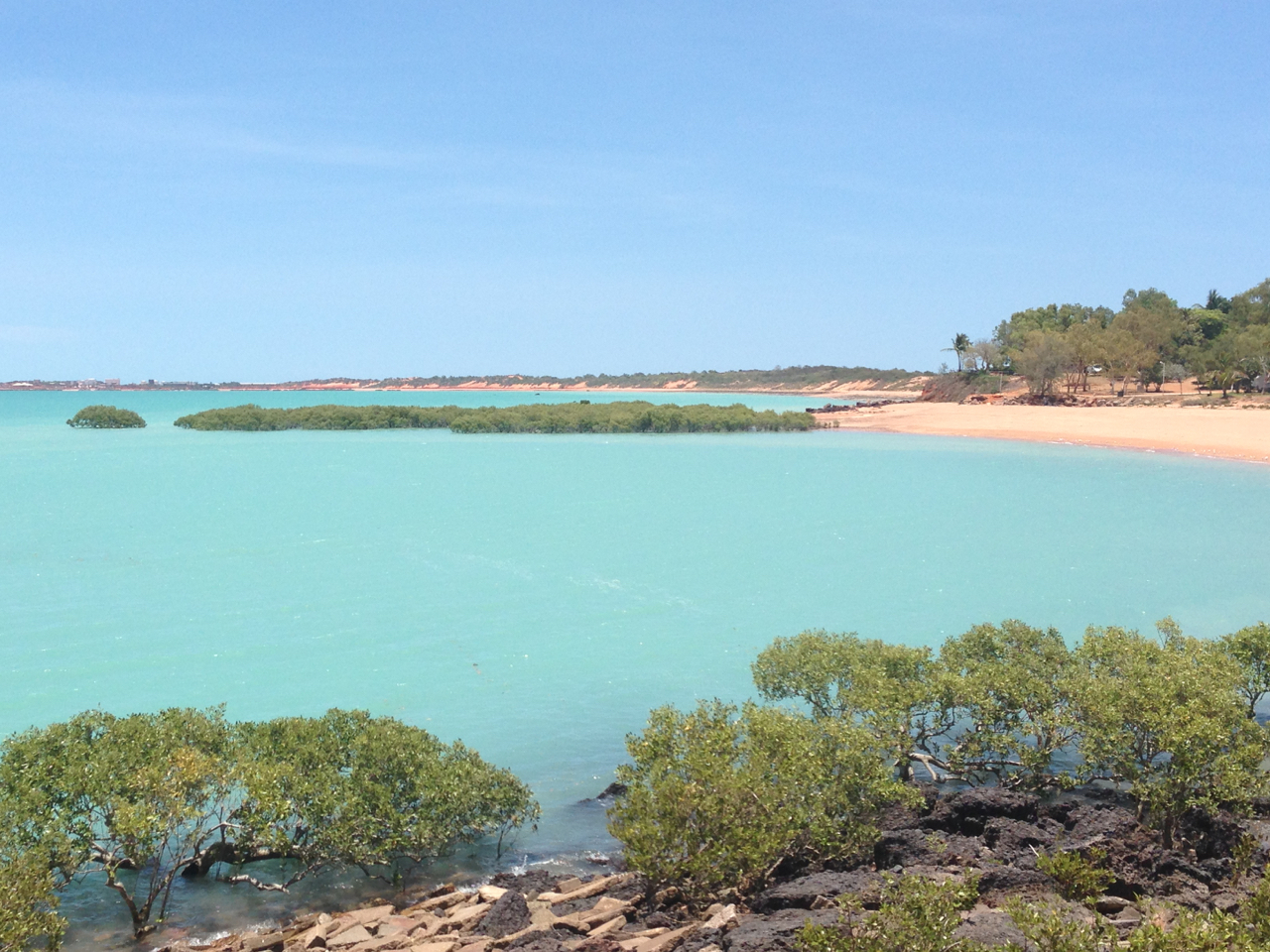 The milky azure waters of Roebuck Bay, Broome