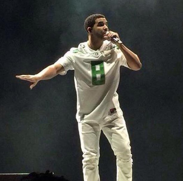 (That one time Drake he was an Oregon Ducks fan)