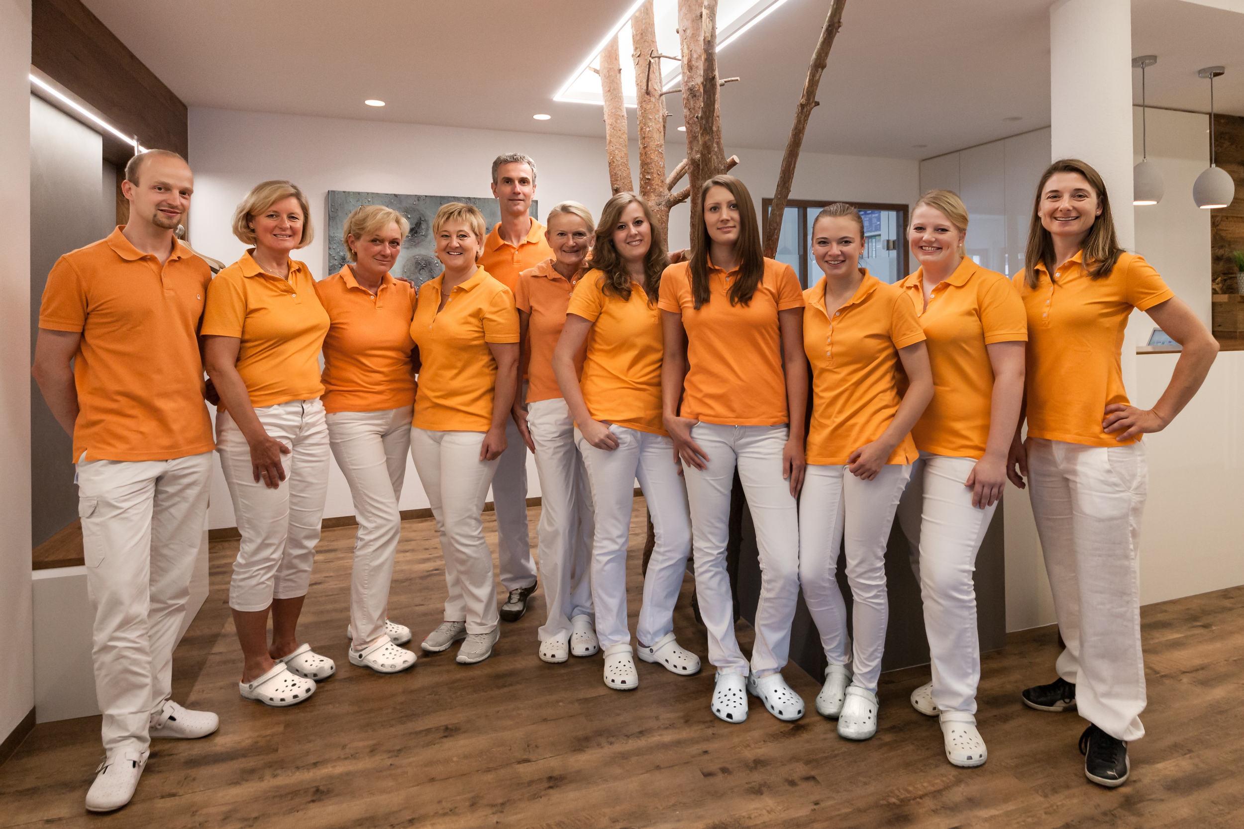 Team Zahnarztpraxis Dr. med. dent. Budzisch