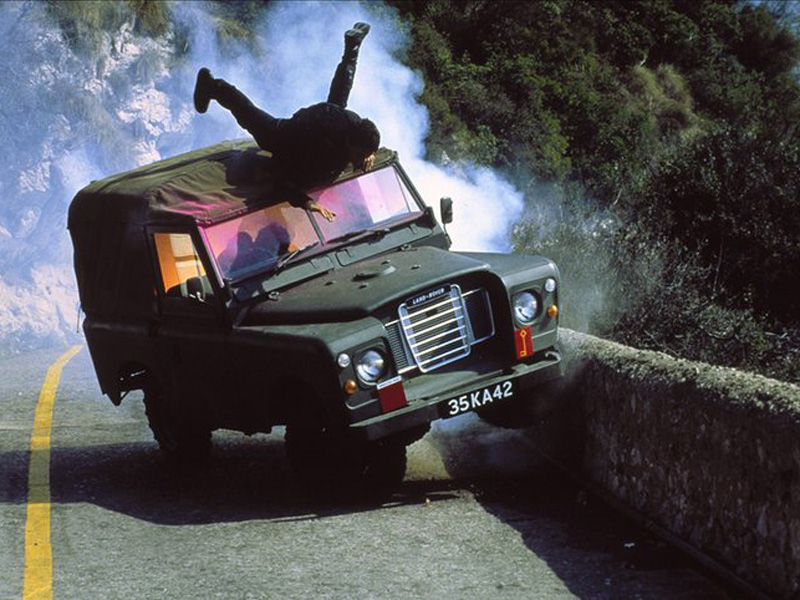 LRO Forgotten Film Hero: The Living Daylights Land Rover Series ...