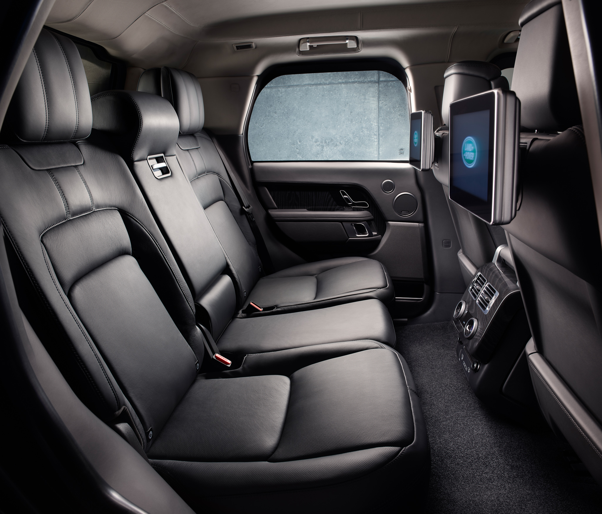 Armoured Range Rover Sentinel interior.jpg