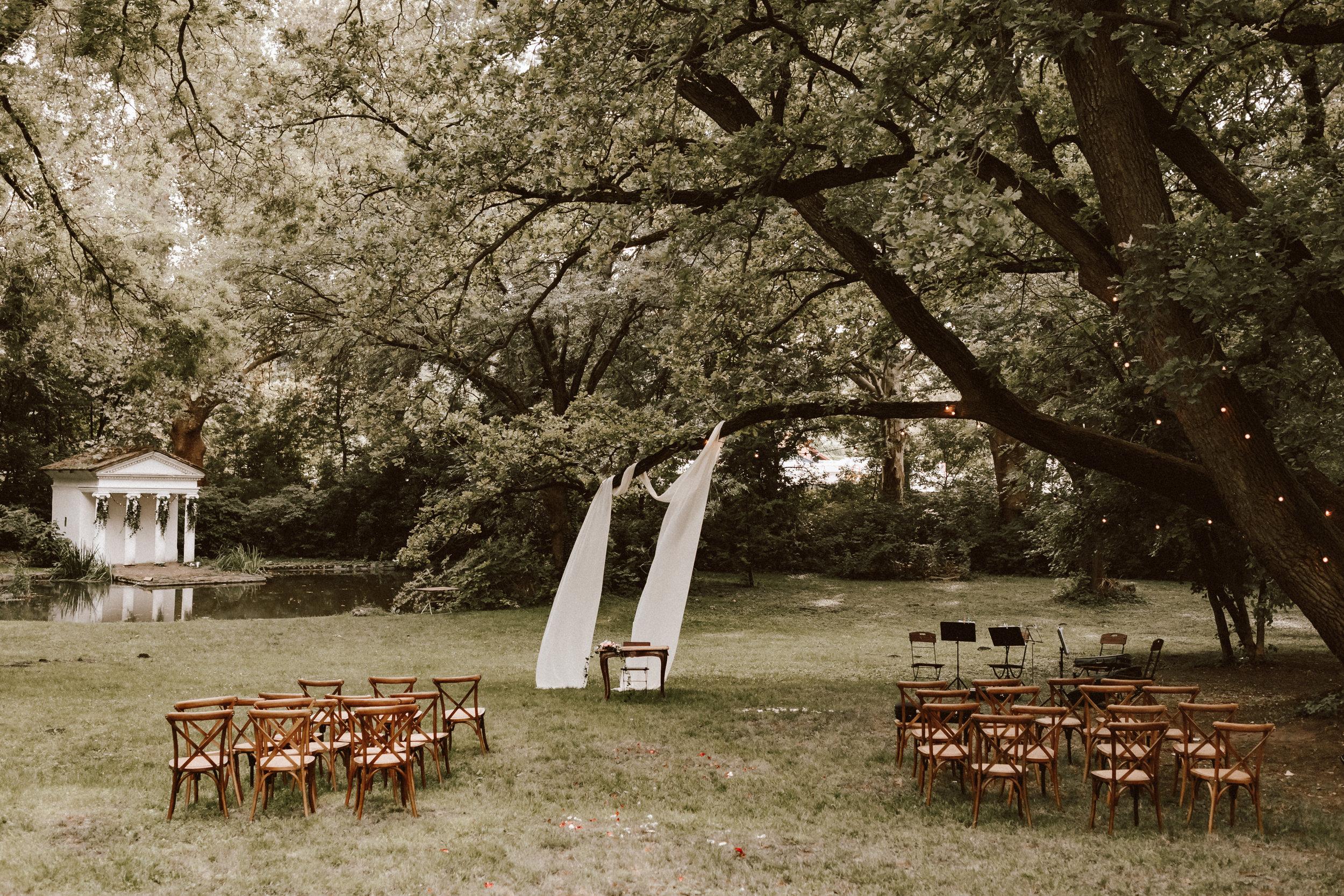 1823-Niki+Miki-wedding-256.jpg